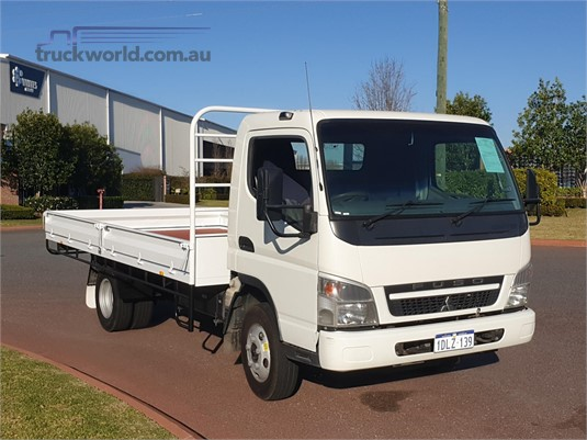 2010 Fuso Canter 515 Wide - Trucks for Sale
