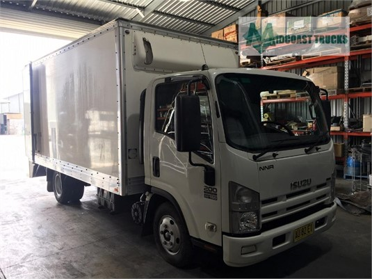 2008 Isuzu NNR 200 Medium Midcoast Trucks  - Trucks for Sale