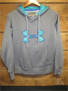 SH1.7 WOMEN's SMALL UNDER ARMOUR PULLOVER Other Items For