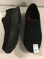 SKECHERS MEN'S SHOES SIZE 8