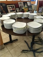 Triple Pedestal 6' Round Dining Table