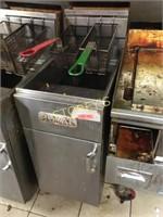 Royal 40lbs Gas Deep Fryer