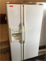 Kenmore Upright Fridge / Freezer - 32 x 30 x 66
