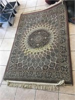 4' x 6' Area Rug - Ends Rough