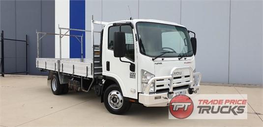 2009 Isuzu NPR 200 Trade Price Trucks - Trucks for Sale