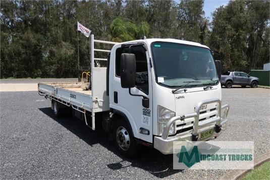 2013 Isuzu NPR 400 Long Midcoast Trucks  - Trucks for Sale