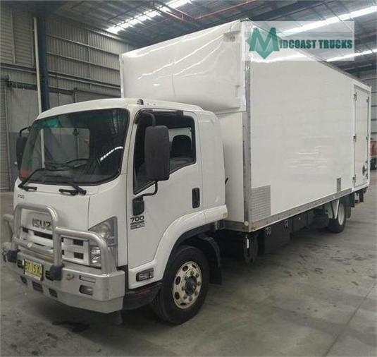 2013 Isuzu FSD 700 LONG Midcoast Trucks  - Trucks for Sale