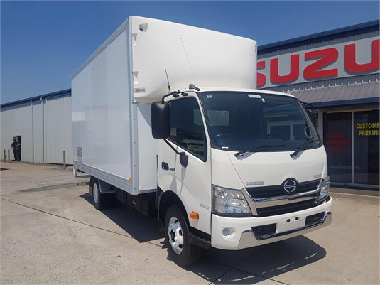 2014 Hino 300 Series 920 - Trucks for Sale