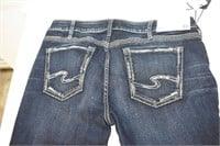 "Silver Jean Curvy Mid Rise Jeans 32""x31"""
