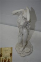 "The Veronese Design Statue 11"" Tall"