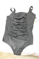 Speedo One-Piece Swimsuit Size 24