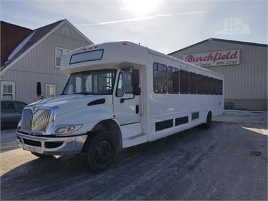 تصاویر کامیون اتوبوس های پر قدرت و ایمن حمل و نقل درون شهری