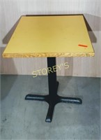 30 x 24 x 28.5 Yellow Dining Table
