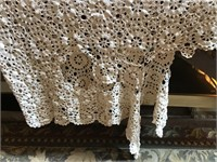 Crocheted Off White Double Bed Bedspread