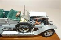 1907 Rolls Royce Silver Ghost on Display Board