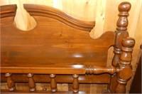 Palliser 5 Pc. Queen Bedroom Suite w/2 Night Stand