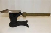 Cast Base Platform Scale w/Brass Tray & Beam