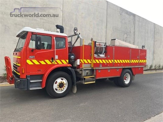 2002 International Acco 2350G - Trucks for Sale