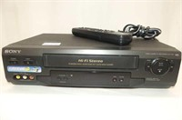 SONY VCR w/Remote