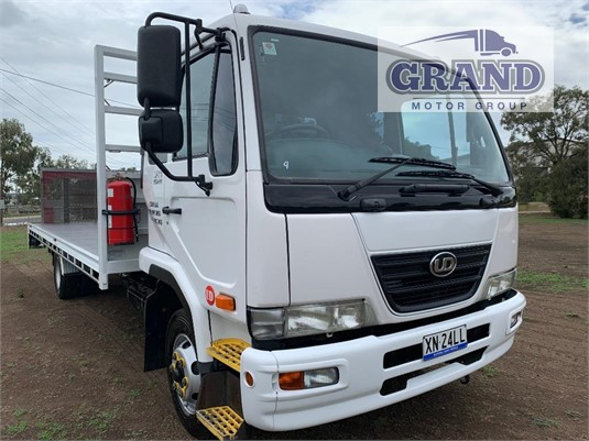2010 UD MK6 Auto Grand Motor Group - Trucks for Sale