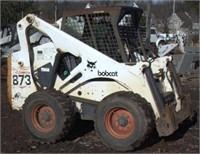 2000 Bobcat Model 873 G-Series wheeled skid