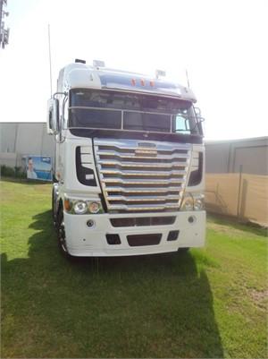 2012 Freightliner Argosy 101 - Trucks for Sale