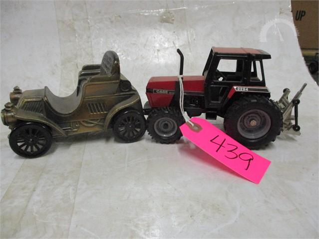 Auctiontime Com Case Ih Antique 2294 Car Bank Online Auctions