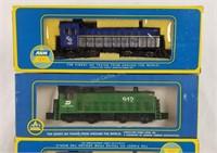 4 Ho Scale Locomotives Burlington 1776