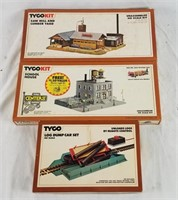 Tyco Ho Scale Saw Mill, School House& Log Dump Car