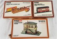 Tyco Ho Cattle Depot, Interlocking Tower & Box Car