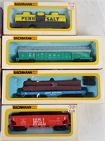 6 Ho Scale Train Cars Very Clean