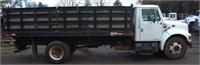 1999 International 4700 DT 466E, 18' rack body