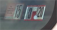 1999 International 4700 DT 466E, 16' rack stake