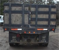 1995 International 4900 DT 466 with 18' stake