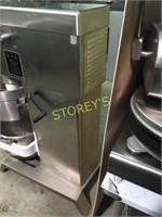Blakeslee 80qrt Dough Mixer - DD80D