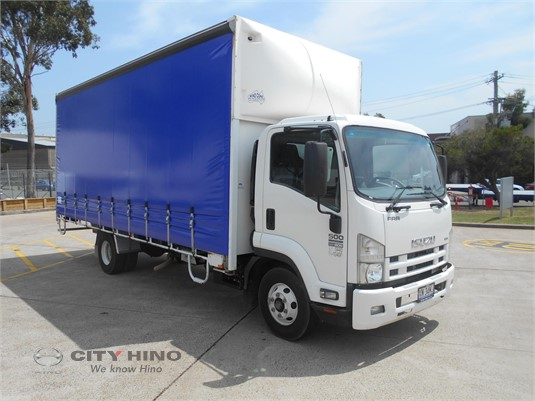2013 Isuzu FRR City Hino - Trucks for Sale