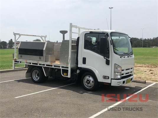 2014 Isuzu NLR Used Isuzu Trucks - Trucks for Sale