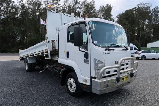 2008 Isuzu FRR 600 - Trucks for Sale