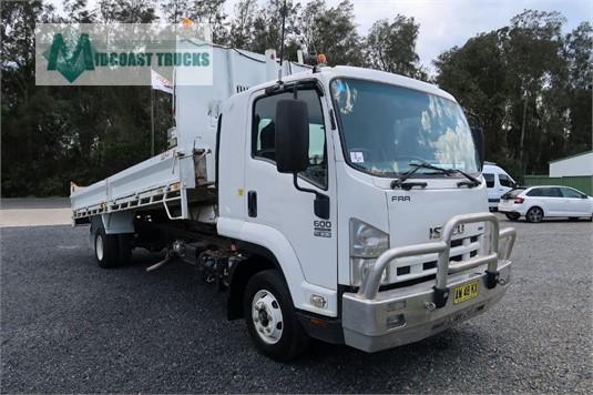 2008 Isuzu FRR 600 Midcoast Trucks - Trucks for Sale