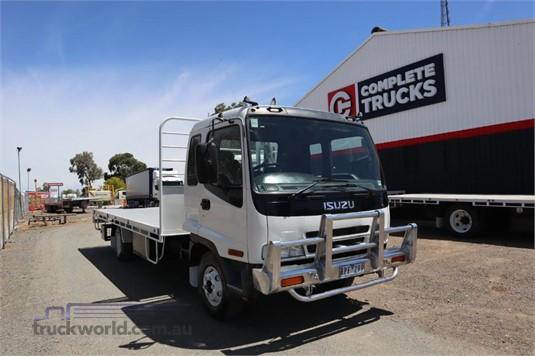 2002 Isuzu FRR500 - Trucks for Sale