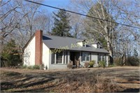 Bell Branch Fixer-Upper - House & 6 acres
