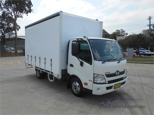 2017 Hino 300 Series - Trucks for Sale