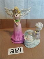 Online Consignment Auction - Antiques, Collectibles, Gloves