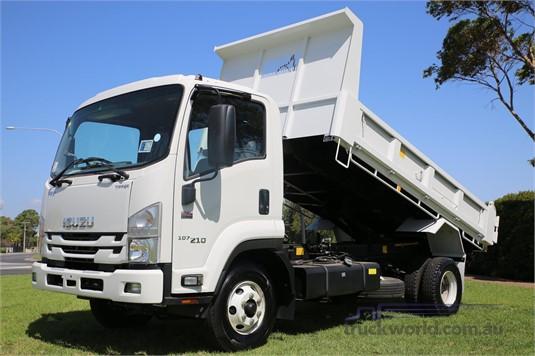 2020 Isuzu FRR 107 210 AMT North East Isuzu - Trucks for Sale