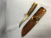 Vintage schrade skinning knife, stacked leather ha