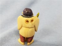 """Ivory Netsuke of a man with a broom, approx. 2"""""""