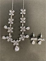 Costume Jewelry necklace with matching earrings