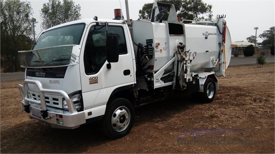 Isuzu NPR 400 - Trucks for Sale