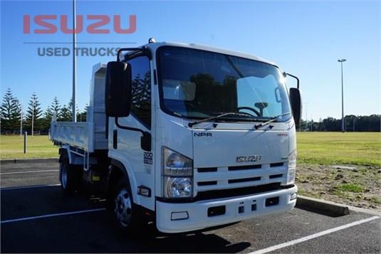 2015 Isuzu NPR Used Isuzu Trucks - Trucks for Sale