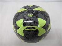 Under Armour Desafio 395 Soccer Ball Camo/Hi-Viz,